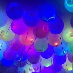 Шарики-с-переливающейся-подсветкой-35-см